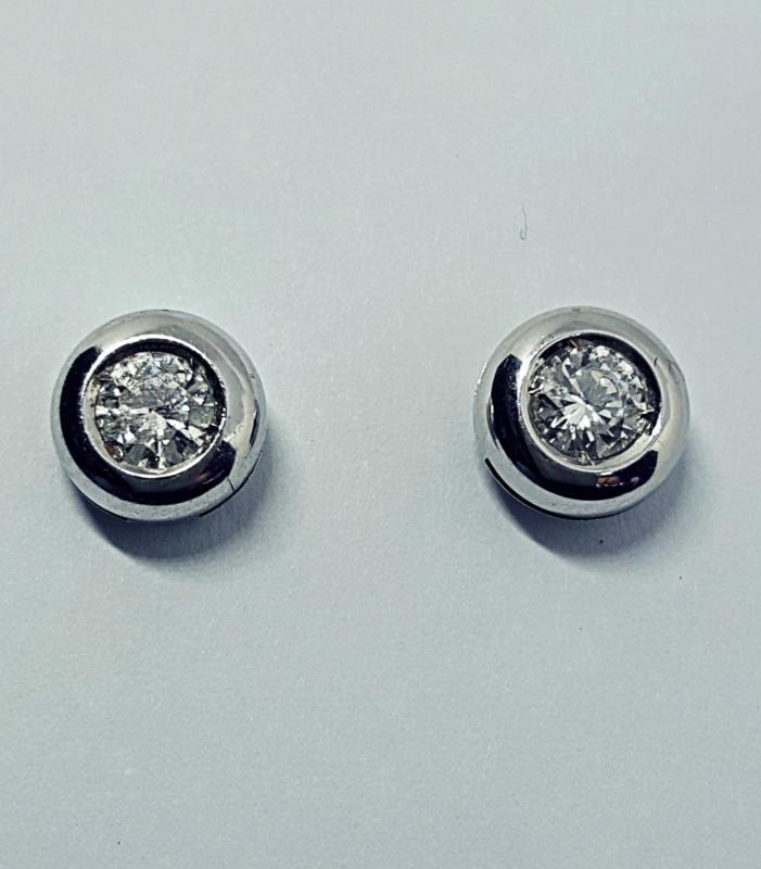 Orecchini con diamanti  img - 4