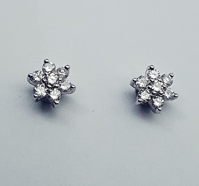 Orecchino fiore con diamanti img - 2